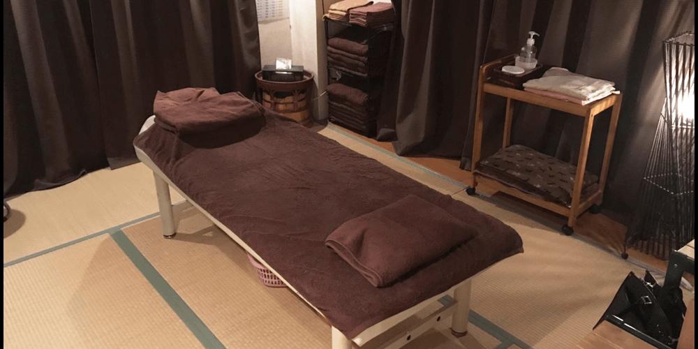 武庫之荘駅前にあるマッサージ 隠れ家サロン-リラクゼーション和み癒では整体、指圧による全身もみほぐし(ボティケア) 足ツボ マッサージ、ヘッドマッサージとマッサージなどを施術しています。